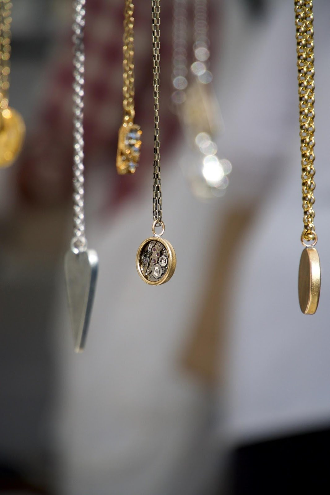 Why your jewelry photographs don't come out as imagined